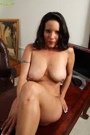 Mature Brunettes Nude Galleries Brunette Xxx Photos