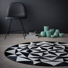 ambition rug by linie design round leather rug nuastyle