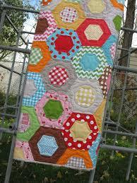 Bee In My Bonnet: Bee in my Bonnet Hexie Half Ruler...and my ... & Bee in my Bonnet Hexie Half Ruler...and my Honeycomb quilt!!! Adamdwight.com