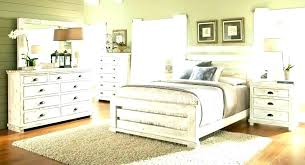 Our Choice of Best White Distressed Bedroom Furniture Sets ...