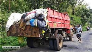 lorry carrying plastic waste from kerala confied