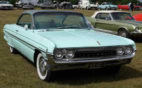 1961 Oldsmobile Super 88 - Information and photos - MOMENTcar