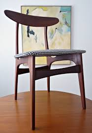 reupholstering a dining chair. How To Reupholster A Dining Room Chair Seat // Tips And Tricks For DIY Upholstery Reupholstering