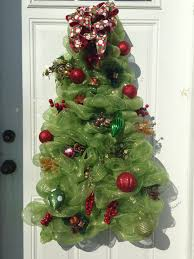 Cemetery Christmas Tree With Lights Easy Large Deco Tree Instead Of A Regular Tree Frame I Used