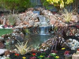 Cascate Da Giardino In Pietra Prezzi : Foto fontana con cascata per il giardino di valeria del treste