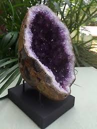 Geode Display Stand