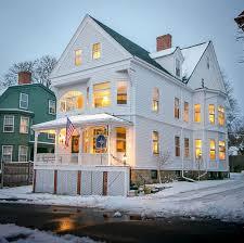 Whole House Vacation Rental Sleeps 16 Newport