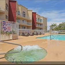 Crystal Court Apartments Rentals  Las Vegas NV  ApartmentscomLuxury Apartments Las Vegas Nv