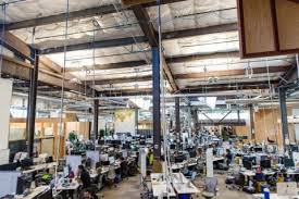 facebook menlo park office. Employees Can Be Seen Inside Facebook\u0027s Main Building, The Largest Open- Office Workspace In World. Chief Executive Mark Zuckerberg\u0027s Desk Is Exactly Facebook Menlo Park