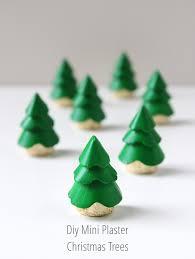 DIY MINI PLASTER CHRISTMAS TREE DECORATIONS. | Gathering Beauty