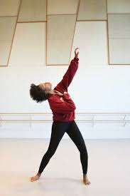 Trojan brings the beauty of dance to Boyle Heights students - USC News