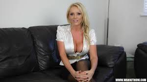 Lucy Zara is our hot Model Wank it Now