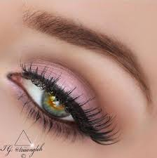 soft pink eye makeup for party look