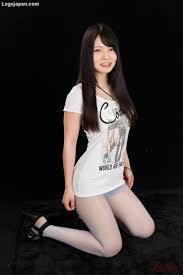Asian Girl Loves Foot Job