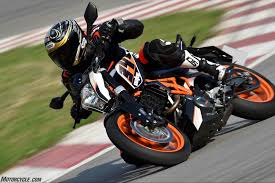 2018 ktm duke 390. modren duke yep you can do it all on ktmu0027s smallest duke for 2018 ktm duke 390 e