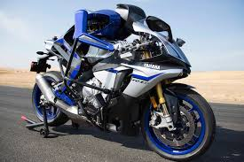 autonomous motorbike takes on valentino rossi at california s