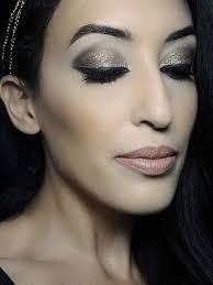 dubai makeup artist jobs