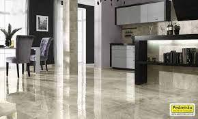 A mambrino polimentos é uma empresa especializada em polimento e restauração de pisos de mármore, granito, granilite e outras pedras, além de assoalhos de madeira e tacos. Diferenca Entre Granito E Marmore Passo A Passo Aprenda Agora Pedreirao