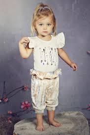 Jak Peppar Wee Ones Avonlea Onesie In Cream Arrows Size 3 Months