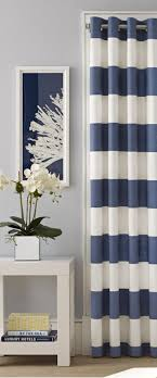 Striped Living Room Curtains 25 Best Ideas About Stripe Curtains On Pinterest Black Curtains