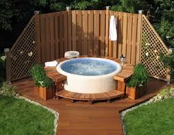 round hot tub surround ideas