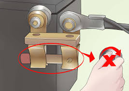 how to attach a car battery cut off switch 13 steps