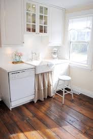 Canadian Cottage shabby-chic-style-kitchen