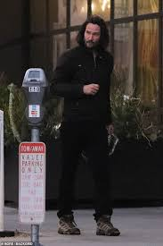 Keanu Reeves Catches Up With Friends Over Dinner Daily