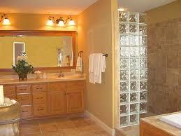 Doorless shower stalls ...