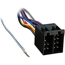 amazon com metra 70 1786 radio wiring harness for mercedes 94 04 metra 70 9401 radio wiring harness for m b l r sprinter 94 up