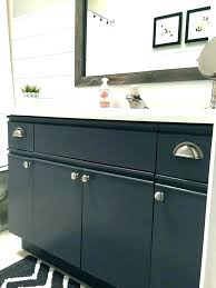 can laminate cabinets be painted paint