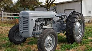Ferguson TO-20 or Ford 9N? - Antique Tractor Blog