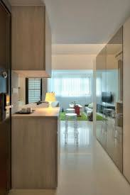 1 Zimmer Wohnung Einrichten Kuechenschrank Spiegel Wand Weiss