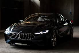 Walking Around the BMW Concept 8 Series - Cool Hunting
