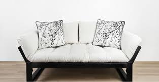 Dalani cuscini a pois: dettagli giocosi per la tua casa