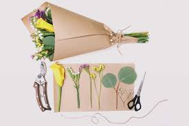 How To Wrap Flower Bouquet In Paper How To Wrap A Flower Bouquet