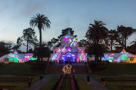Holiday Lights At Sf Conservatory Conservatory Of Flowers Summer Of Love Show Extends Into