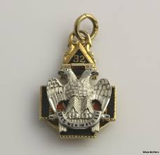 tri fold vintage scottish rite masons fob pendant 14k solid gold