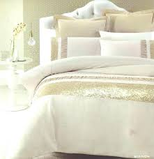 White And Gold Bedroom Decor Best Ideas On Pinterest Bl ...