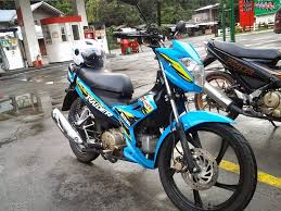 2018 suzuki raider. interesting suzuki suzuki tore the tarmac with rizla motogp bike the color is one  of most recognizable and has since adopted as a motorcycle option for  on 2018 suzuki raider