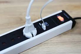 Ổ điện 02 lỗ USB 4 lỗ cắm thông dụng giá sỉ - giá bán buôn   Ổ Cắm Điện  Thông Minh