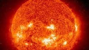 Expert warns: Super solar storm could ...