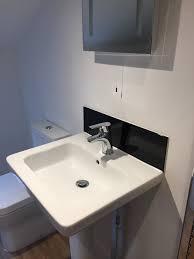 glass bathroom splashbacks 2
