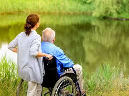 Социальная работа с пожилыми людьми
