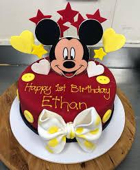 mickey mouse mud cake