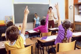 Risultati immagini per immagini di alunni in classe
