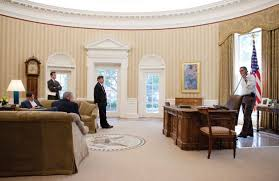 the white house oval office. The White House: Oval Office House F