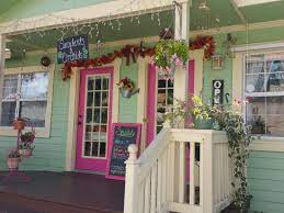 Mildred Maloney Flowers and Events - Picture of The Village Courtyard,  Gulfport - Tripadvisor