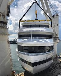 Image result for Chipolbrok yacht transport