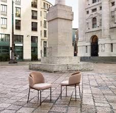 Stühle Armlehne Ja Oder Nein Mehrere Modelle An Einem Tisch Welt